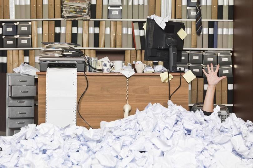 messy-office-810x539.jpg