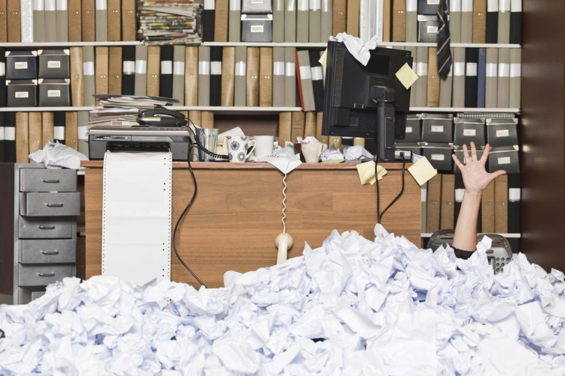 messy-office-810x539.jpg
